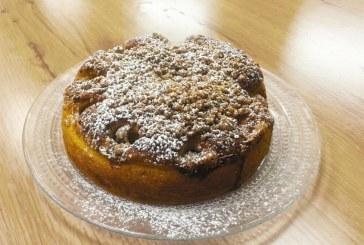 מתכון עוגת שמרים במילוי תפוחים וניל ודבש
