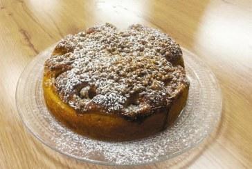 עוגת שמרים במילוי תפוחים, דבש ווניל