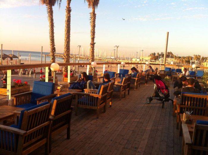 שילוב מושלם בין קו החוף לבין מנות טובות | צילום מתוך עמוד הפייסבוק של מסעדת גורדו